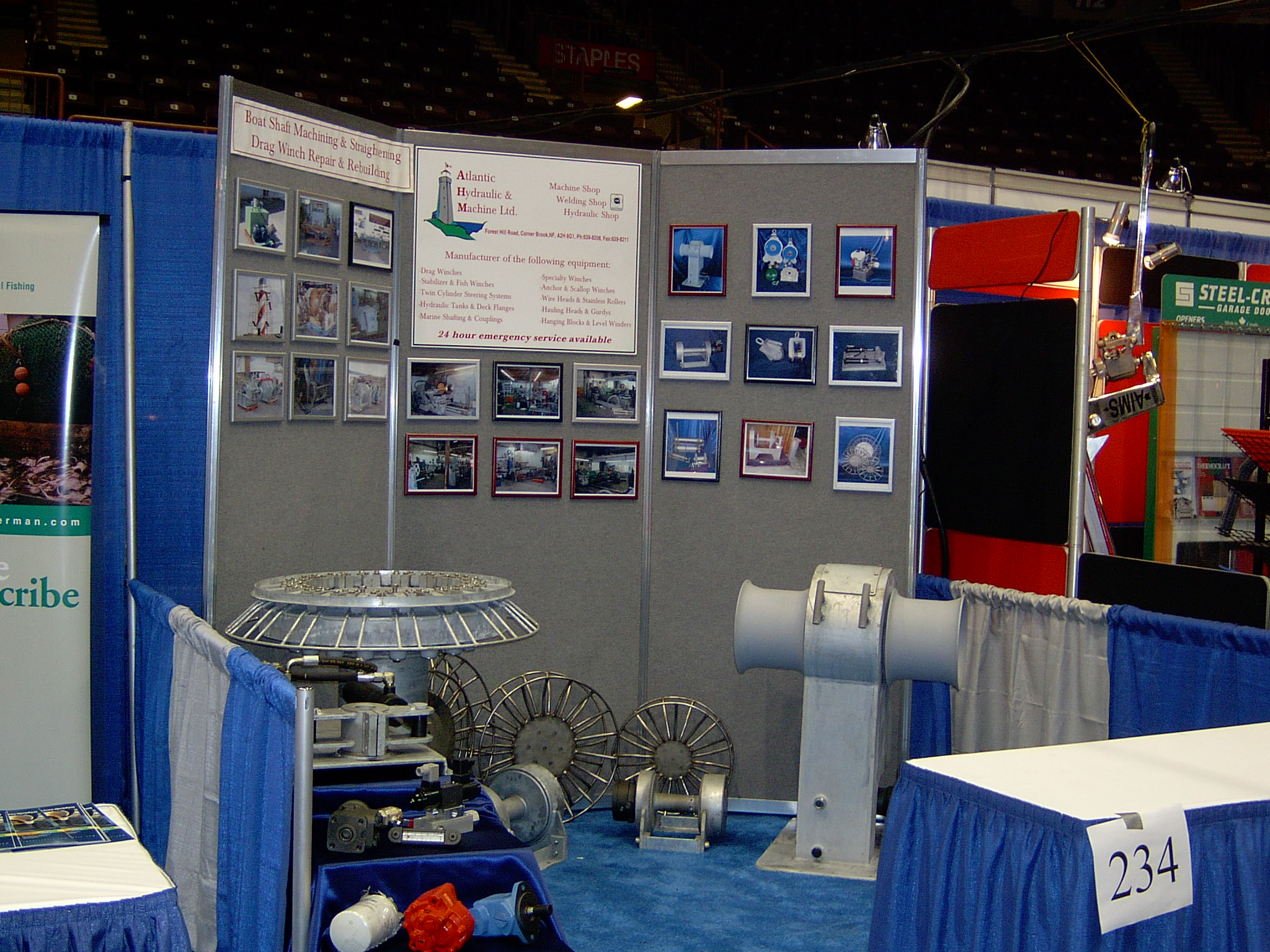 Exhibition Booth Equipment : Photo gallery